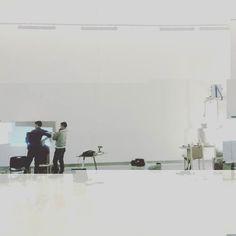 @dr_robin_price setting up for #GlitchFestivalDublin exhibition opening Saturday 3pm. . . . . #ruared #Glitch #festival #eucida #digitalart #digital #art #artist #create #gallery