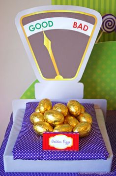 A Wow worthy WILLY WONKA - CHARLIE AND THE CHOCOLATE FACTORY PARTY: Good eggs Bad eggs sign