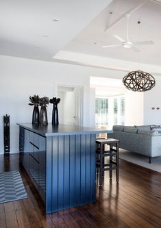 Casually elegant Aussie beach house offers a weekend escape