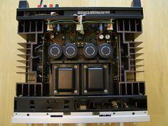 Kenwood KA-907 integrated amplifier interiors