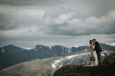 """#moments #instalove #wedding #weddingday #weddingdress #bride #brideandgroom #groom #weddingphotography #travel #travelphotography #love #lovely #beautiful #elegant #elopement #elopementwedding #elopementphotographer #colorado #estespark #adventure #authenticstories #authenticlovemag #mountains"" by @laningphotography. #eventplanner #weddingdesign #невеста #brides #свадьба #junebugweddings #greenweddingshoes #destinationweddingphotographer #dugunfotografcisi #stylemepretty #weddinginspo…"