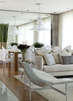 Elegante apartamento projetado por Diego Revollo