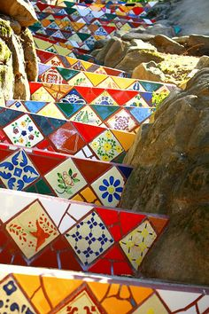 Stairway - Beatuiful mosiac stairs cut into the natural rock landscape - Simi Valley, CA Mosaic Art, Mosaic Glass, Mosaic Tiles, Mosaics, Tiles Uk, Art Tiles, Mosaic Stairs, Tile Stairs, Tiled Staircase