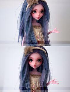 Monster High Draculaura {she has a perfect face for repainting} Custom Monster High Dolls, Monster Dolls, Monster High Repaint, Custom Dolls, Ooak Dolls, Blythe Dolls, Art Dolls, Pretty Dolls, Beautiful Dolls