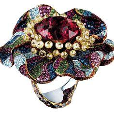Jewellery Theatre Poppy ring #jewellerytheatre #baselworld #poppy #tourmaline #diamonds #rubies