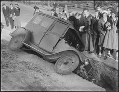 Des accidents de voiture à lancienne vintage accident voiture 1 photo photographie histoire bonus