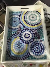 Mosaic tray More Mosaic Tray, Mirror Mosaic, Mosaic Glass, Mosaic Tiles, Mosaics, Ceramic Tile Crafts, Mosaic Crafts, Mosaic Designs, Mosaic Patterns