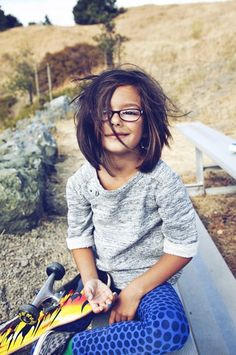 cute little hair do! my hair used to be like that when I was young cept different hair color of course, lol wish my mom would let me cut it like that again