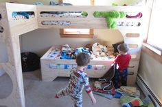 easy 3 kid plywood bunkbeds!