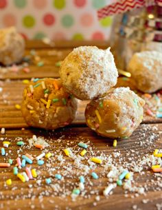{No Bake} Sugar Cookie Balls