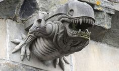Monster from Alien movies spotted in a gargoyle on the side of a 13th century Scottish Abbey
