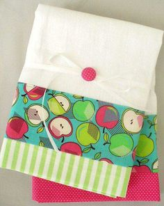 Items similar to Kitchen towels with apple pattern in green, pink and teal cotton fabric accent - set of two flour sack towels on Etsy Dish Towels, Hand Towels, Tea Towels, Sewing Crafts, Sewing Projects, Fruit Pattern, Flour Sack Towels, Decorative Pillow Covers, Green And Grey