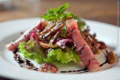 Cantina La Grassa (jantar)    Salada de folhas, nozes ao mel, Parma e figo Turco