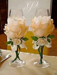 Wedding Glasses By Kittysspot On Etsy - Diy Crafts Wine Glass Crafts, Bottle Crafts, Bottle Art, Wedding Centerpieces, Wedding Decorations, Centerpiece Ideas, Birthday Decorations, Wine Glass Centerpieces, Patriotic Decorations