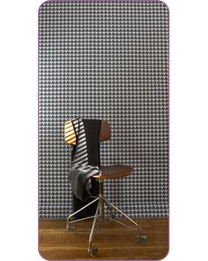tempaper-temparary wall paper .... love this for our next apartment!!