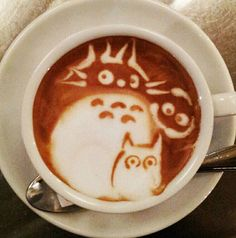 First made popular in Japan, the current trend for coffee and latte is to finish the top of in style. Latte art otherwise known as super-kawaii is the art of Coffee Latte Art, I Love Coffee, Best Coffee, My Coffee, Coffee Cups, Happy Coffee, Coffee Break, Totoro, Cafe Geek