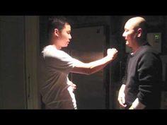 Wing Chun Kung Fu 詠春拳: - 打生樁 - 少川靖男 - YouTube