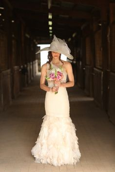 Rustic Kentucky Derby wedding inspiration with horses, hats, roses, and mint juleps. Wedding Hats, Chic Wedding, Wedding Styles, Dream Wedding, Kentucky Derby Fashion, Bridal Dresses, Flower Girl Dresses, Bridal Hat, Girl With Hat