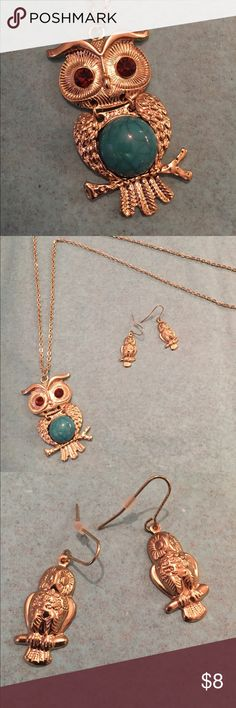 "Cute Owl necklace and earrings set Cute owl necklace and earring set. Gold colored owl with teal stone belly and brown crystal eyes.   Gold colored necklace is 26"" around with 3"" extender.  Owl pendant measures 2"" Jewelry Necklaces"