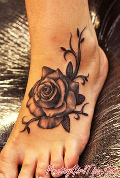 @prettygirltips Foot Tattoo Ideas for Girls
