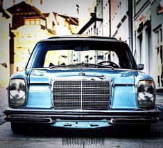 Mercedes W114, Old Mercedes, Mercedes Models, Classic Mercedes, Mercedes Benz Cars, Pontiac Tempest, Audi 100, Daimler Benz, Jeep Wrangler Unlimited