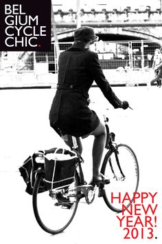 Cycle Chic Belgium - Blog that captures images of different people riding their bikes each day.