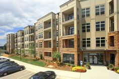 Lofts at Weston Lakeside | Pet Friendly Apartments | Cary, NC