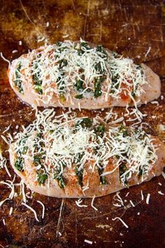 Spinach and goat cheese stuffed chicken New Recipes, Dinner Recipes, Cooking Recipes, Favorite Recipes, Healthy Recipes, Goat Cheese Stuffed Chicken, Hasselback Chicken, Master Chef, Main Meals
