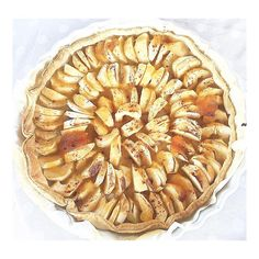 S u n d a y   La jolie tarte aux pommes de maman   Encore une grosse journée de révisions  mais dans 1 semaine : vacaciones #home #homesweethome #desert #foodblogger #foodlover #apple #applepie #pie #mom #mommy #dessert #sunday #weekend #happyme #france #love #family #instasize #chilling #chill #instagood #lunch