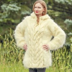 Cable Knit Sweaters, Fur Coat, Knitting, Jackets, Fashion, Wool, Down Jackets, Moda, Tricot