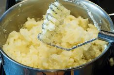 Family meal: Creamy mashed potatoes with philidelphia cream cheese (make ahead)