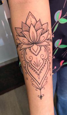 Female Forearm Tattoos 150 Amazing Ideas To Get Inspired Forearm tattoo Small Mandala Tattoo, Forearm Flower Tattoo, Inner Forearm Tattoo, Small Forearm Tattoos, Wrist Tattoos For Women, Mandala Tattoo Design, Small Tattoos, Tattoo Designs, Hand Tattoo