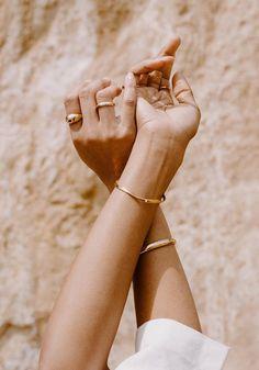 Jewelry Accessories My Favorite Small Business Cyber Monday Deals – Honestly WTF Jewelry Jewelry Model, Photo Jewelry, Gold Jewelry, Fashion Jewelry, Jewelry Accessories, Jewellery, Jewelry Bracelets, Jewelry Design, Big Jewelry