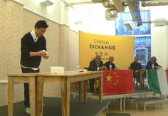 A food fight to end all food fights was had last night when Team Italy – food critic AA Gill and Chef Giorgio Locatelli – went head to head with Team China – Chef Ken Hom and China Exchange Chairman Sir David Tang on who invented the noodle.  #andrewwong #awong #chefkenhom #kenhom #aagill #giorgiolocatelli #loclocatelli #sirdavidtang #battleofthenoodles #pasta #noodles #chinaexchange