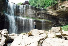Top 10 waterfalls in Southwestern Ontario.:) Some a these are super close too Places To Travel, Places To See, Travel Destinations, Tobermory Ontario, Summer Travel, Summer Fun, Summer Time, Discover Canada, Ontario Travel