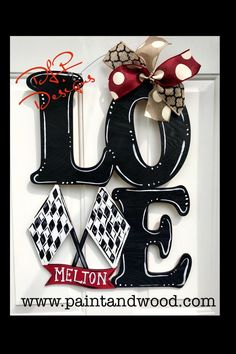 Racing - LOVE Decoration for hanging painted doors The way to create areas that open Custom Wood Doors, Wooden Doors, Wooden Signs, Welcome Signs Front Door, Door Signs, Love Decorations, Classic Doors, 3d Cnc, Do It Yourself Furniture