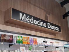 Enseignes pour la Pharmacie des Platanes Saint Paul Trois Chateaux, Broadway Shows, Signs, Applique Letters, Shop Signs, Sign, Signage, Dishes