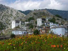 ΑΡΚΑΔΙΑΣ ΠΟΛΙΤΕΙΕΣ ΚΑΙ ΧΩΡΙΑ: Καστάνιτσα Αρκαδίας, Πελοπόννησος - 31 φωτογραφίες... Greece, Mountains, Mansions, House Styles, Nature, Traveling, Greece Country, Viajes, Naturaleza