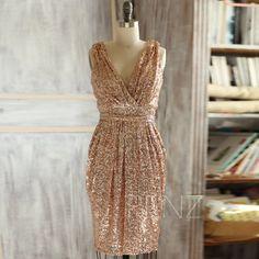 2015 Short Rose Gold Bridesmaid dress, Sheath V neck Luxury Sequin Evening dress, Metallic Sparkle Wedding dress, V Back Knee length (T150D)