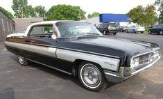 Hemmings Find of the Day – 1962 Oldsmobile Starfire two-door hardtop