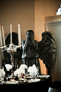 Seriously, can ANYONE help me get a weeping stone angel (via Dr. Who) to the reception?