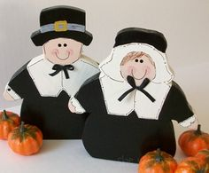 Complete directions to make these cute pilgrims!  You have to cut your own shapes, pattern is included.