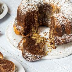 Wie wird er denn nun so saftig – Omas Marmorkuchen? Die besten Tricks und Kniffe damit der Klassiker herrlich fluffig wird.