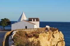 Capela de Nossa Senhora da Rocha, Porches (Algarve). Silence reigns