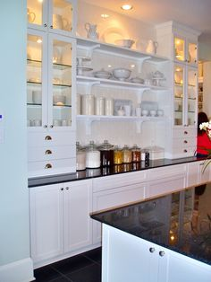 white kitchen/black counter