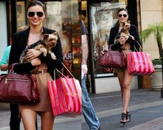 that's so Me! lol.. shopping at VS with Max =D heheh.. just like Miranda Kerr.