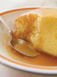 Recette de Ricardo: Caramel à l'érable Caramel Flan, Caramel Recipes, Sicilian Recipes, Cuban Recipes, Easy Desert Recipes, Great Recipes, Paleo Baking, Bread Baking, Chefs