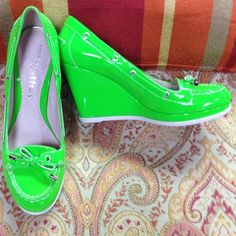 Lime green Sperry Top-Siders♦️FINAL PRICE♦️ Authentic Sperry topsiders and a bright lime green patent leather wedge. Worn once for about two hours. No signs of wear noted except on soles. From a smoke free and pet free home. No holds, no trades. Price firm. Thank you Sperry Top-Sider Shoes