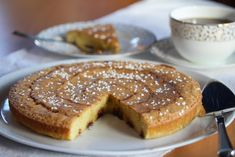 Kanelbollekladdkake Norwegian Food, Norwegian Recipes, Let Them Eat Cake, Cake Recipes, Sweet Tooth, French Toast, Food And Drink, Sweets, Cookies