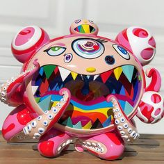 ComplexCon x BAIT x Takashi Murakami Mr. Dob B Figure released at ComplexCon in November 2017 Takashi Murakami Sculpture, Takashi Murakami Prints, Winter Pictures, Vinyl Art, Vinyl Toys, Dope Art, Japanese Artists, Cool Gadgets, Creative Art